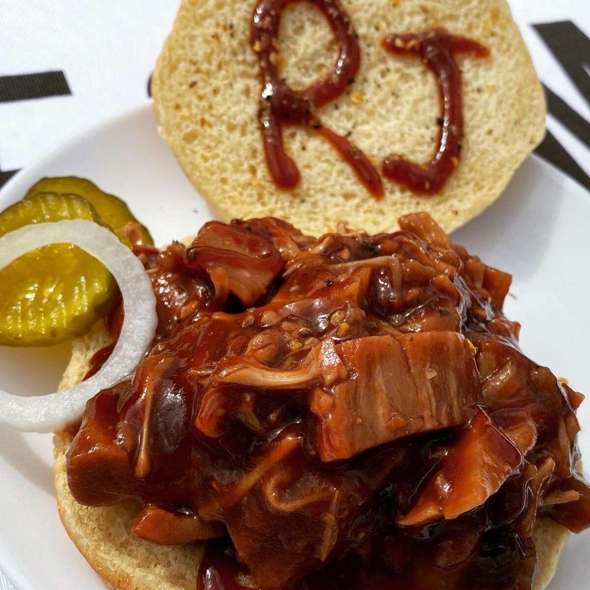 RayJay's Feel Good Food Jackfruit BBQ Sandwich