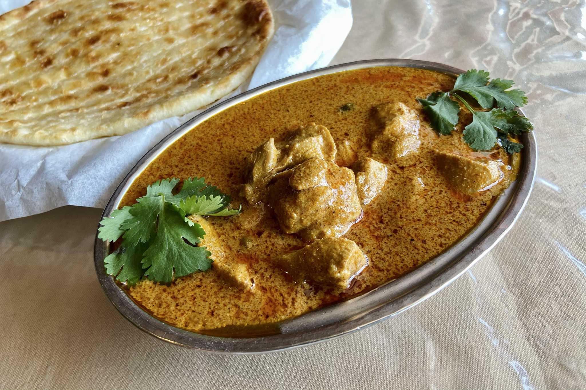 Houston Recipes: Kaiser Lashkari's Mughlai Chicken Korma