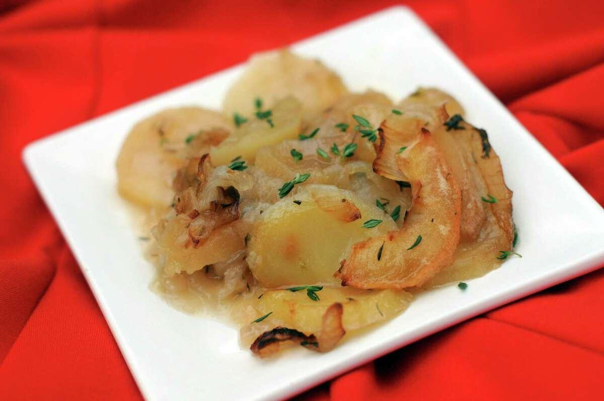 Apple, Potato and Onion Gratin