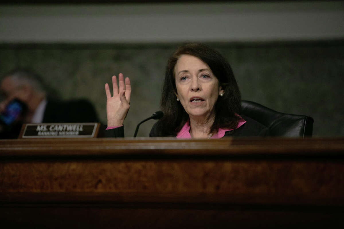 Cantwell: Big tech is hurting local journalism.