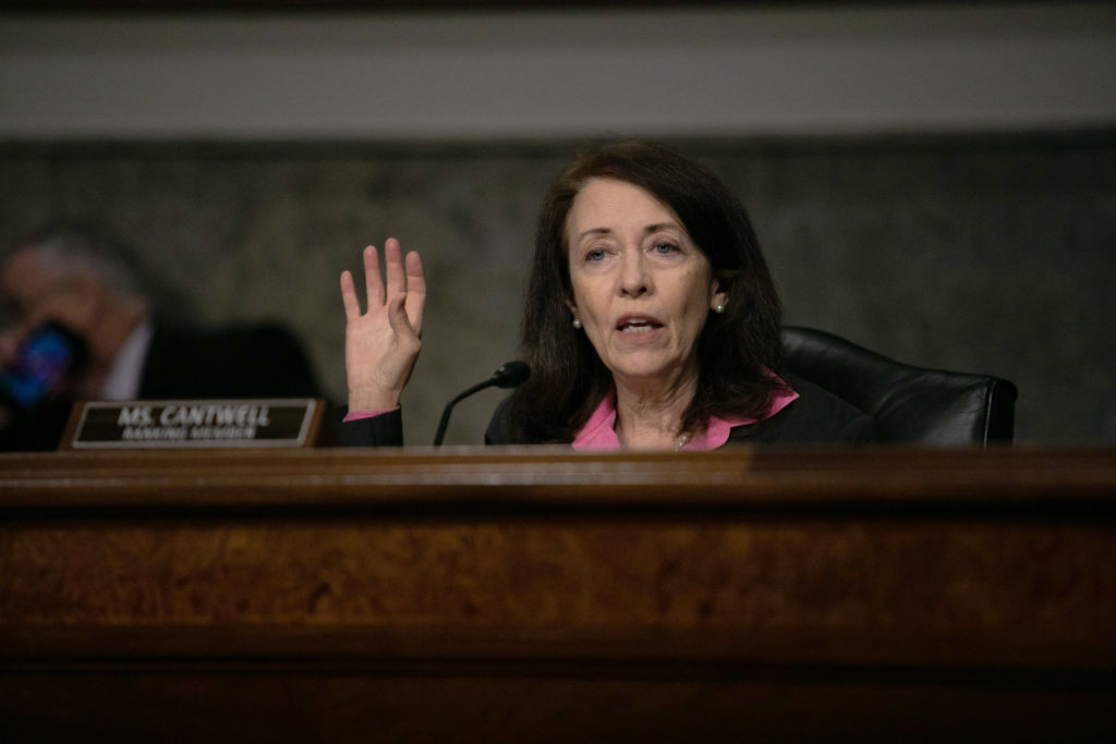 Senator Cantwell calls out big tech companies for hurting local news organizations