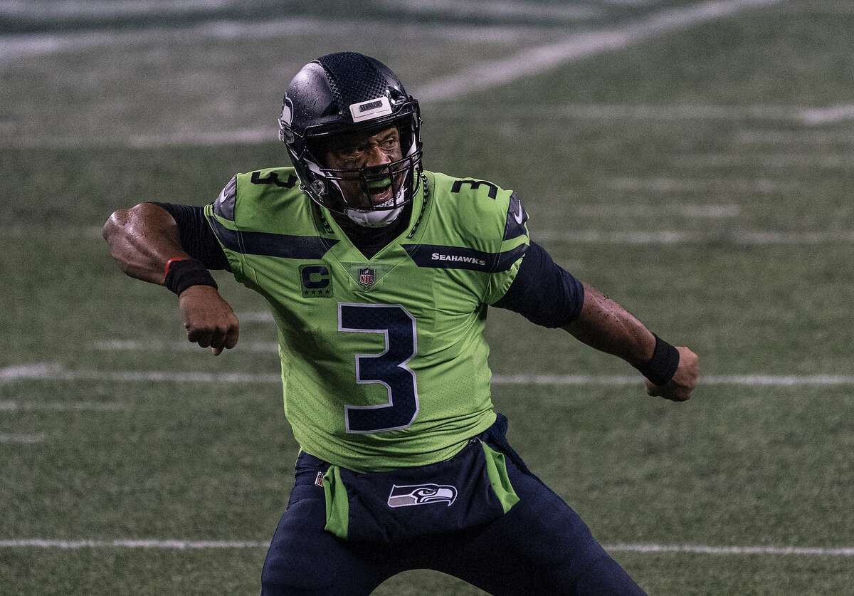 In Week 5 against the Vikings, Seahawks quarterback Russell Wilson capped a comeback from a 13-0 halftime deficit by leading a last-minute 94-yard drive, throwing a touchdown pass with 15 seconds left. Seattle won, 27-26.