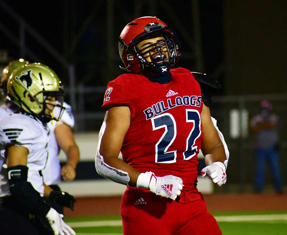 Dorian Woods and the Plainview football team are back in business this week when the Bulldogs host ninth-ranked Lubbock-Cooper on Friday at 7 p.m. in Greg Sherwood Memorial Bulldog Stadium. Photo: Nathan Giese/Planview Herald