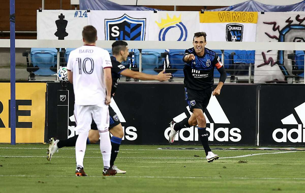 SAN JOSE, CALIFORNIA - OCTOBER 28: Chris Wondolowski #8 of San Jose Earthquakes celebrates after he scored a goal in the first half against the Real Salt Lake at Earthquakes Stadium on October 28, 2020 in San Jose, California. (Photo by Ezra Shaw/Getty Images)