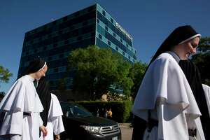 Dominican Sisters of Mary, Mother of the Eucharist protest abortion outside the Planned Parenthood building at 4600 Gulf Freeway Friday, April 19, 2019, in Houston.