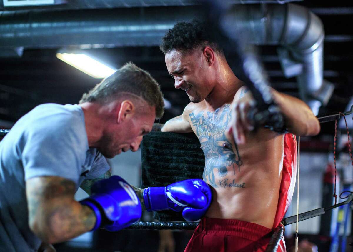 Regis Prograis gets in a workout at Houston's Main Street Boxing Gym on Oct. 13, 2020 in preparation for his upcoming super lightweight fight against Juan Heraldez.