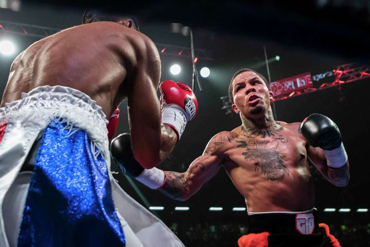 Gervonta Davis, right, the WBA lightweight champ, is 23-0. The southpaw from Baltimore has 22 knockouts.