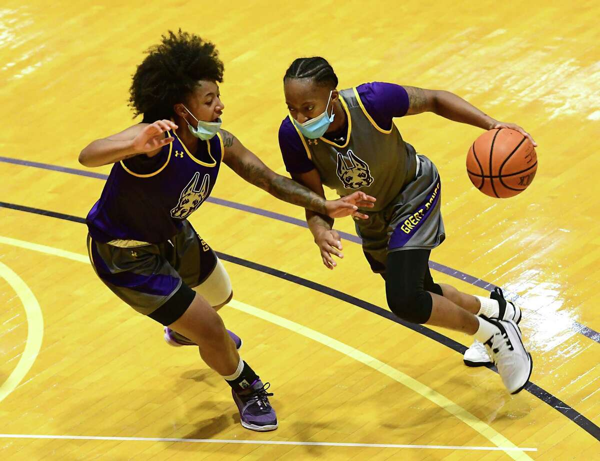 University at Albany's Kyara Frames, left, guards Fatima Lee as the women's basketball team practices in the SEFCU Arena at University at Albany on Wednesday, Oct. 28, 2020 in Albany, N.Y. (Lori Van Buren/Times Union)