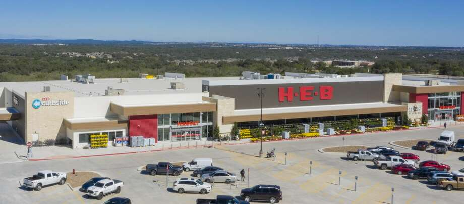 On Thursday, H-E-B announced it will open its newest store on the far West Side on Friday. Photo: H-E-B