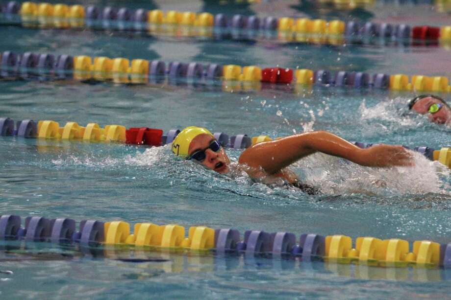 Manistee's Flaminia Coitti swims to victory in the 500-yard freestyle on Thursday at the Paine Aquatic Center. (Dylan Savela/News Advocate)