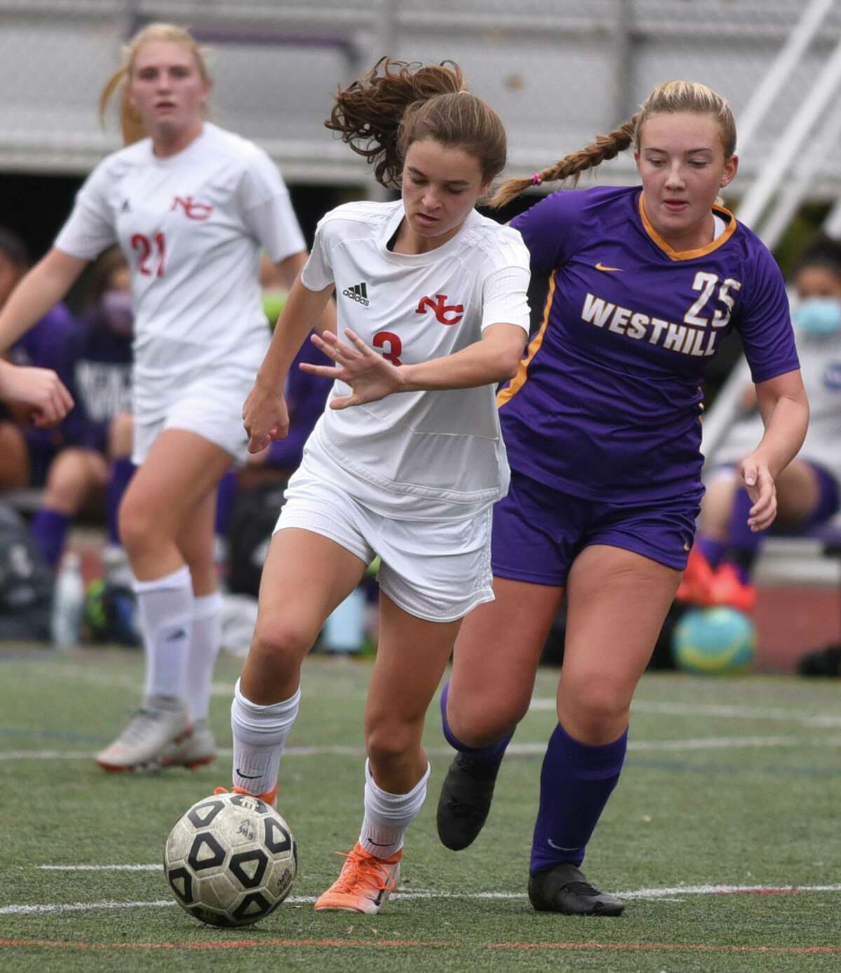 New Canaan's Dillyn Patten (3) controls the ball in traffic during the Rams' girls soccer game against Westhill in Stamford on Tuesday, Oct. 27, 2020.