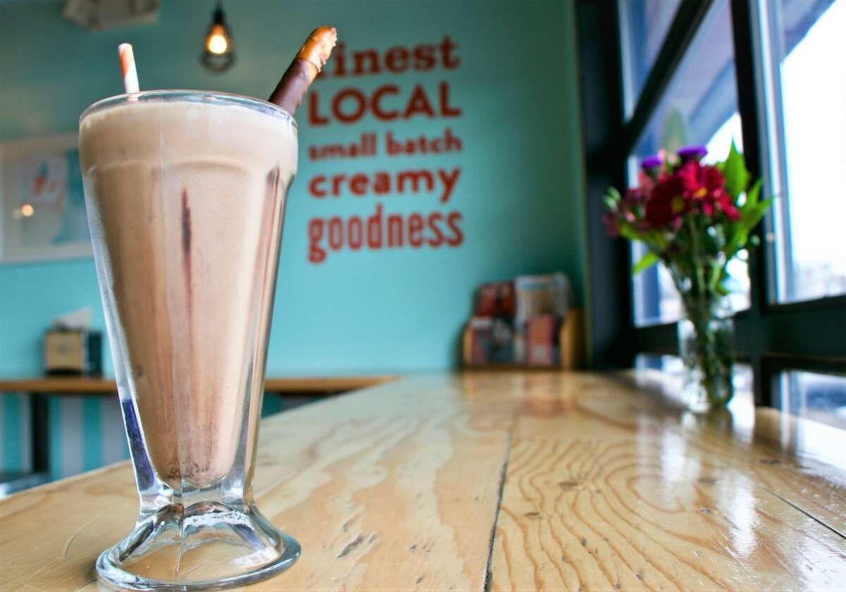 The new Fat Cat Creamery location will also offer sundaes, old-fashioned sodas, malteds, milkshakes and floats.