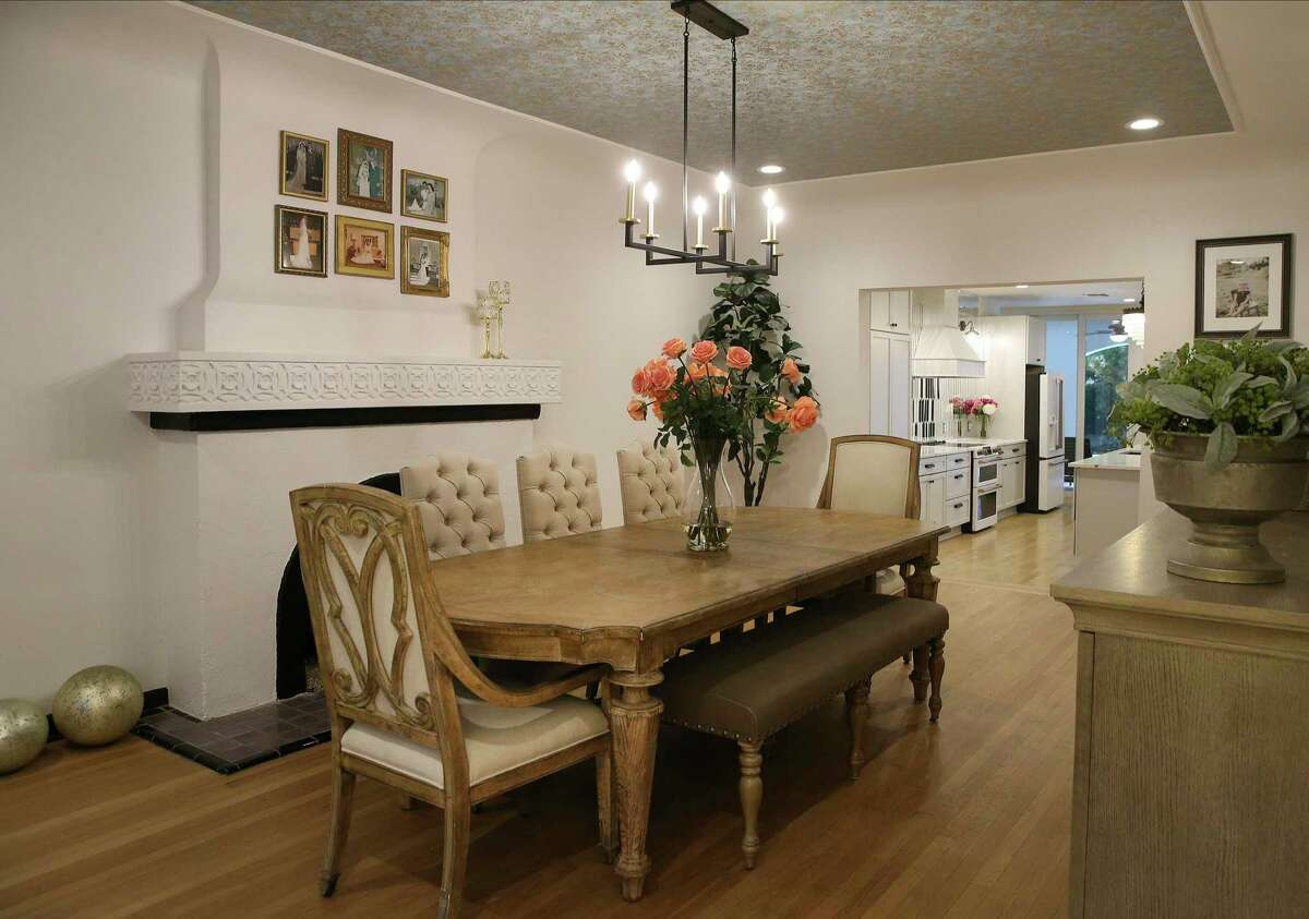 When the couple bought the house, the living room was to the left of the entryway, the dining room to the right. The couple switched them.