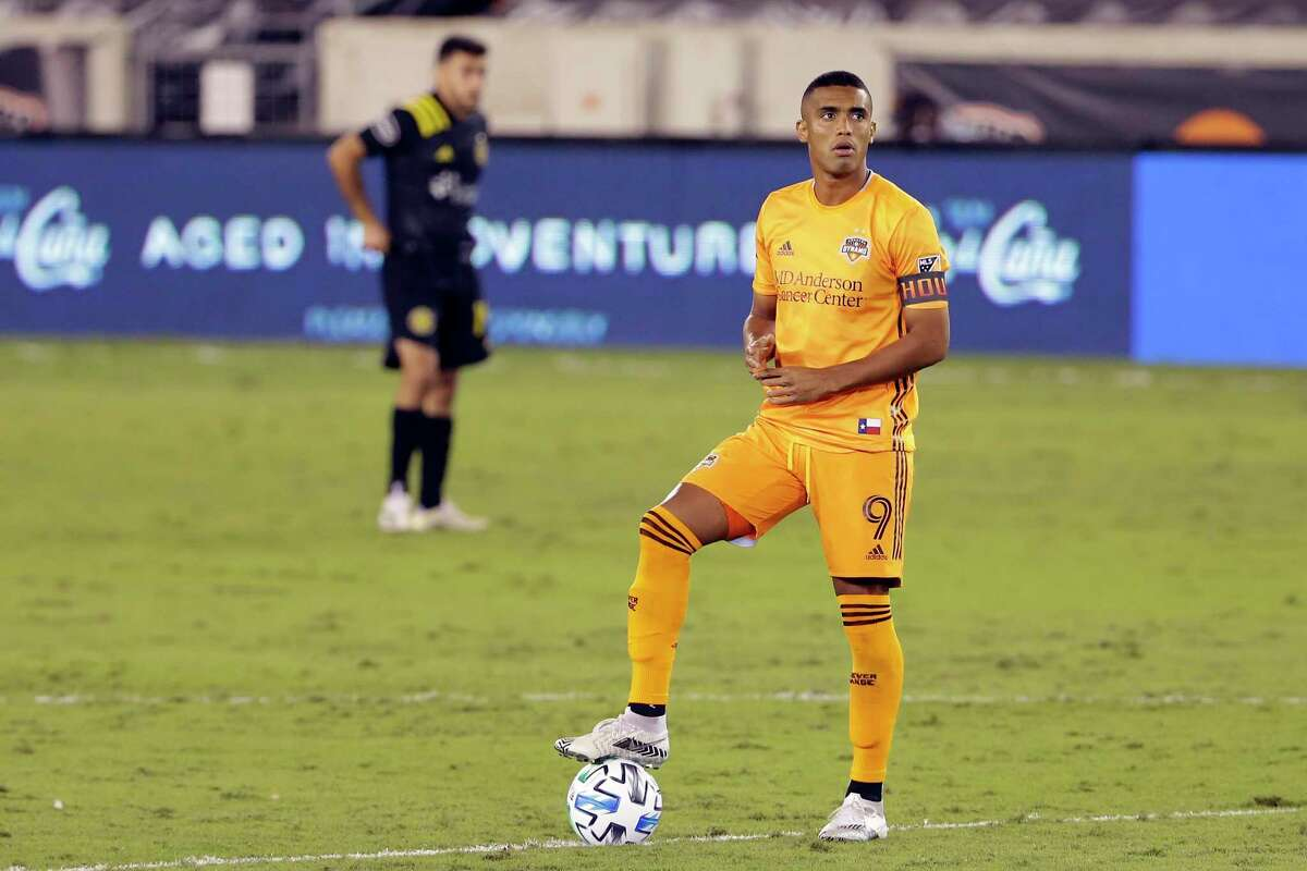 Forward Mauro Manotas and the Dynamo have just one win since Alberth Elis transferred to Europe but Manotas remains confident in final two matches.