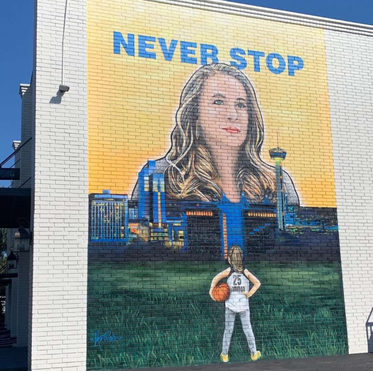 If you're driving down Broadway, you will now see a massive mural featuring San Antonio Spurs assistant coach Becky Hammon in a neighborhood near Lincoln Heights.