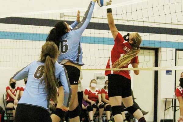 The Brethren and Bear Lake volleyball teams (pictured), along with Onekama and Manistee Catholic Central, will be eying a district championship during next week's tournament in Onekama. (News Advocate file photo)