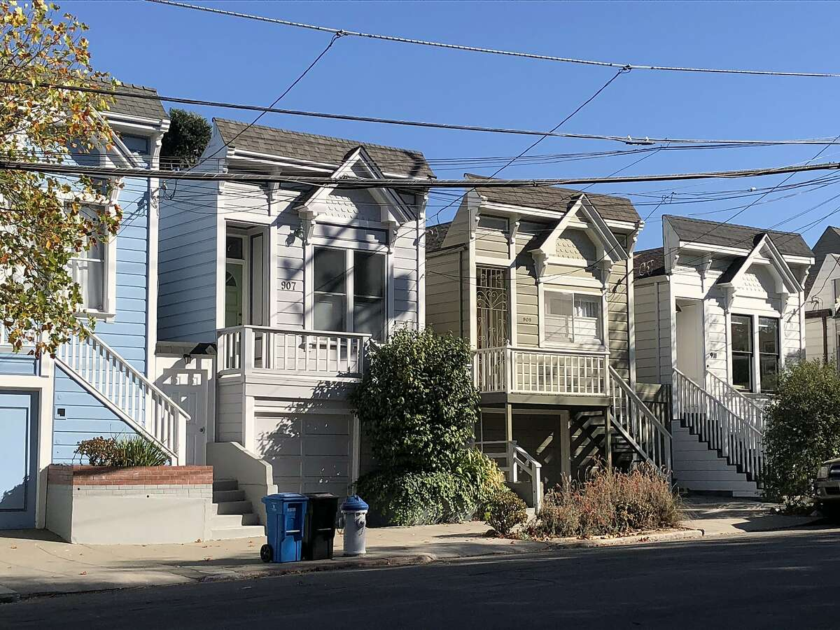 The Pelton cheap houses built in the 1880s in the old Dogpatch area.