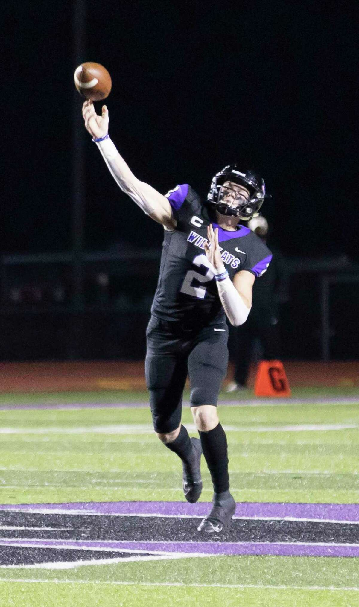 Willis quarterback Steele Bardwell (2) passes the ball during the first quarter of a district 13-6A football game against The Woodlands at Berton A. Yates Stadium in Willis, Friday, Oct. 30, 2020.
