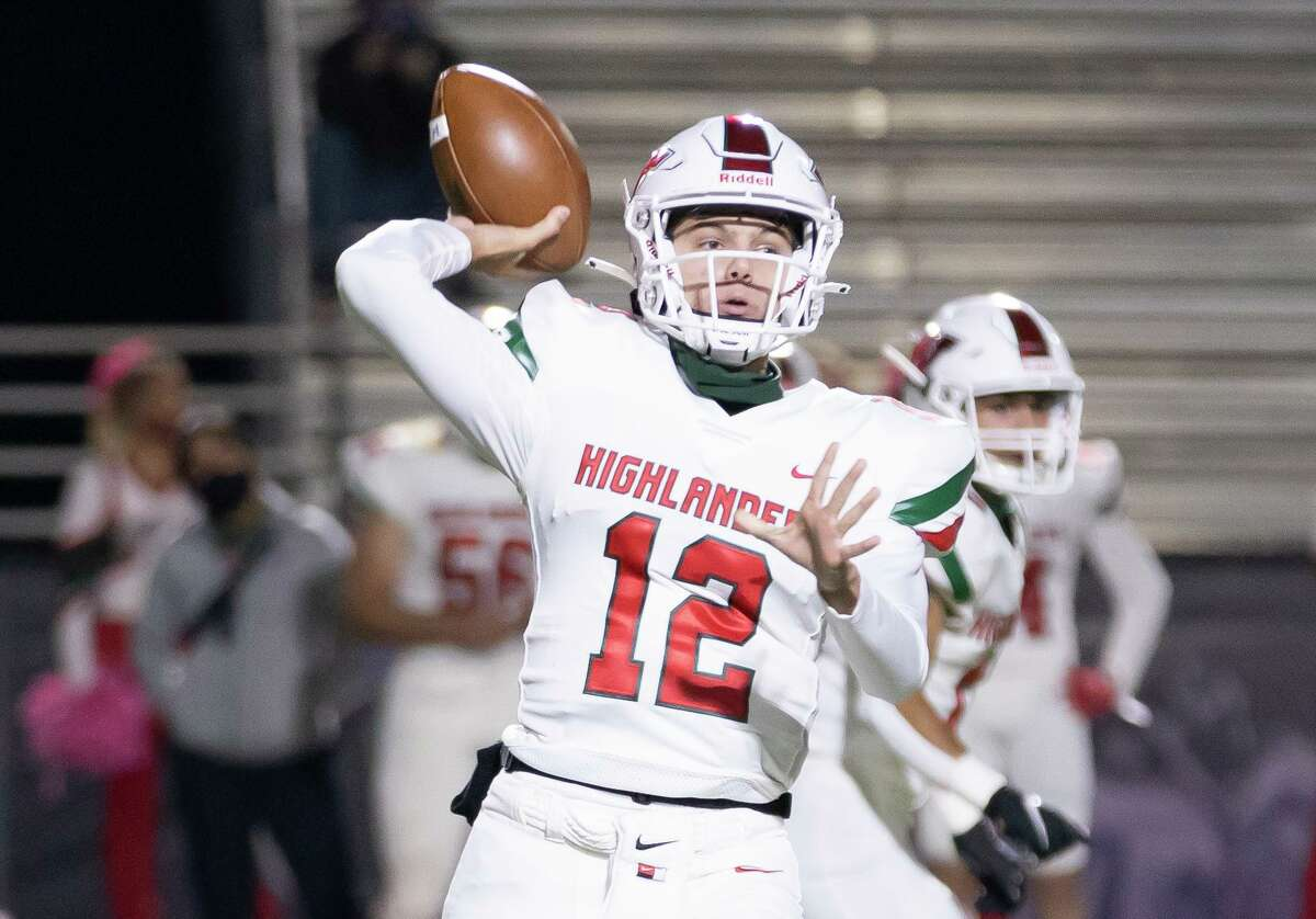 The Woodlands quarterback Connor Dechiro (12) passes the ball during the first quarter of a district 13-6A football game against Willis at Berton A. Yates Stadium, Friday, Oct. 30, 2020.