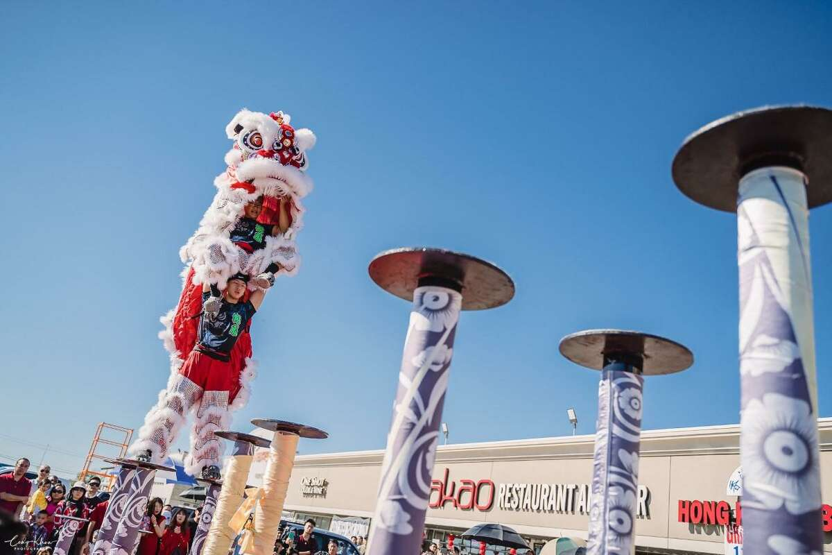 The Soaring Phoenix Dragon & Lion Dance Association was formed in 2008 by Director Alex Tran and are based in Katy, Texas.