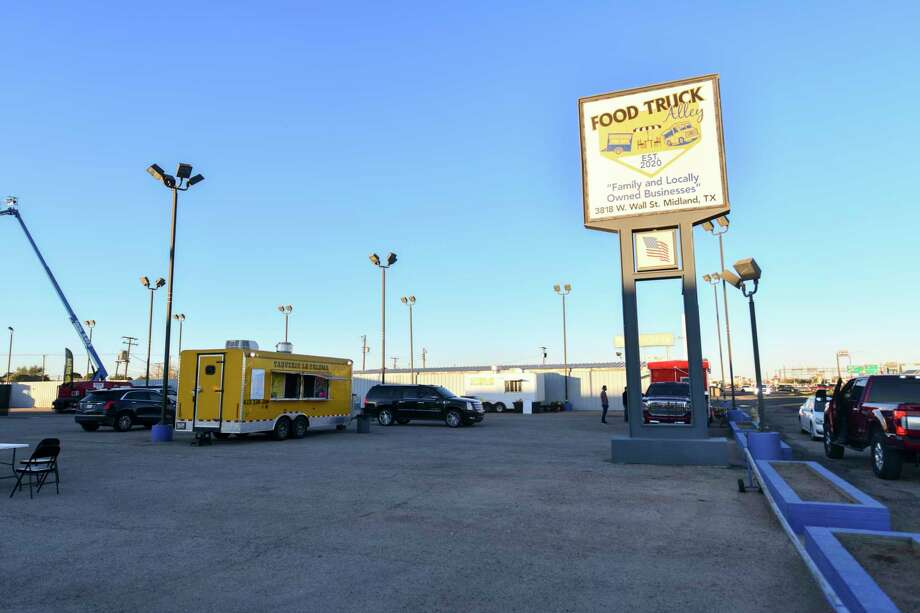 Food Truck Alley opened Thursday, October 30, 2020 at 3818 West Wall Street.   Jacy Lewis/Reporter-Telegram Photo: Jacy Lewis/Reporter-Telegram