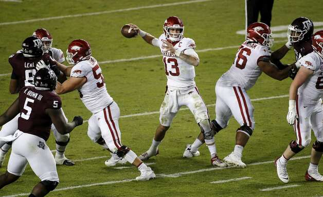 COLLEGE STATION, TEXAS - OCTOBER 31: Feleipe Franks #13 of the Arkansas Razorbacks throws a pass in the second quarter against the Texas A&M Aggies at Kyle Field on October 31, 2020 in College Station, Texas. (Photo by Tim Warner/Getty Images) Photo: Tim Warner/Getty Images / 2020 Getty Images