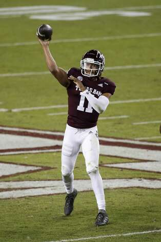 COLLEGE STATION, TEXAS - OCTOBER 31: Kellen Mond #11 of the Texas A&M Aggies throws a pass for a touchdown in the first quarter against the Arkansas Razorbacks at Kyle Field on October 31, 2020 in College Station, Texas. (Photo by Tim Warner/Getty Images) Photo: Tim Warner/Getty Images / 2020 Getty Images