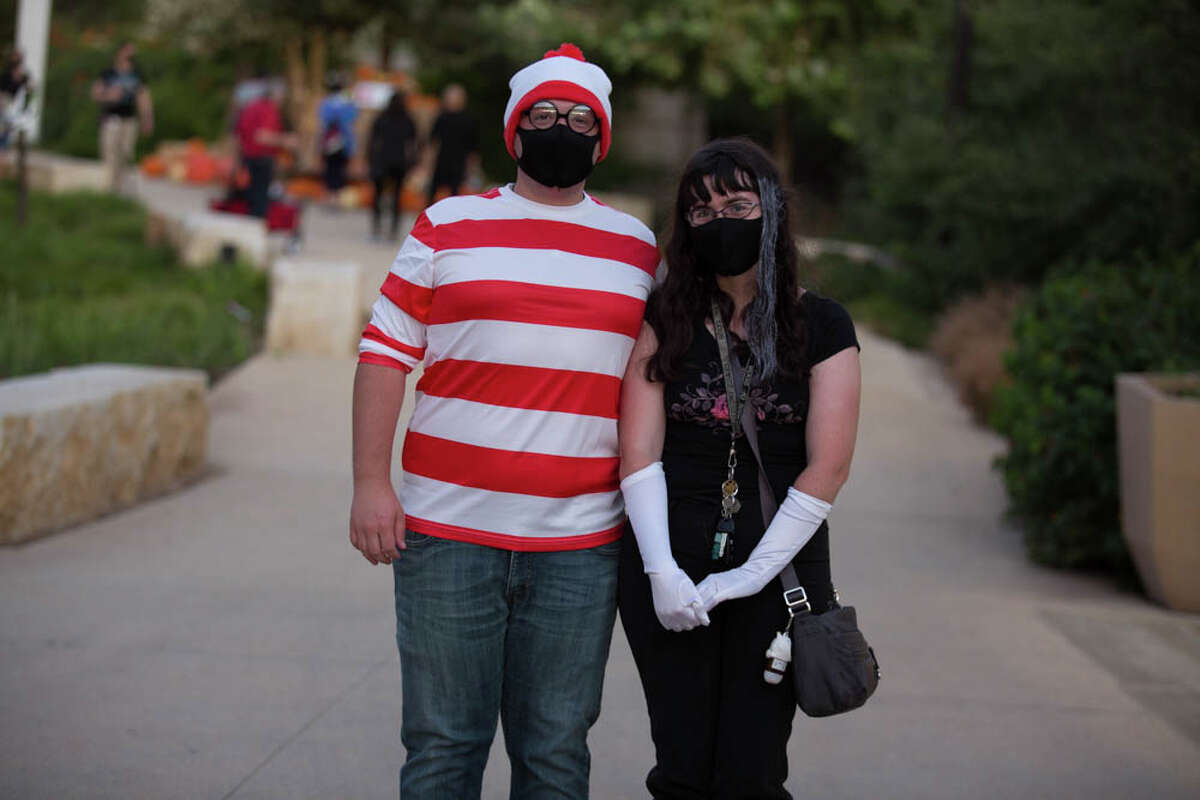 """The San Antonio Botanical Garden hosted """"Horror on the Lake,"""" a night filled with music, spooky photo ops, food trucks, and drinks."""