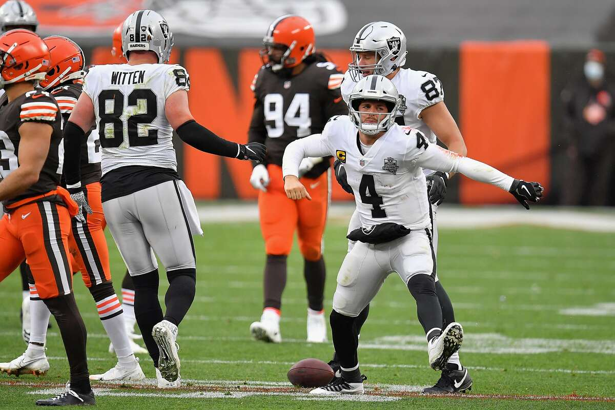 Raiders QB Derek Carr celebrates a first down rush during the second half of Las Vegas' 16-6 road win over the Browns. He completed 15 of 24 passes for 112 yards and one TD on the day.