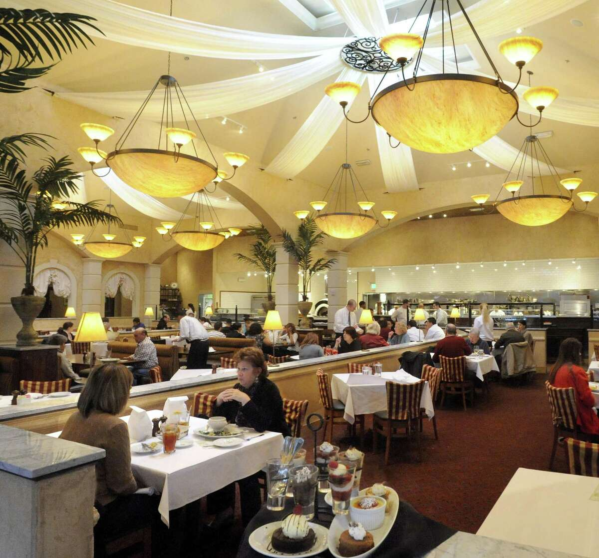 A file photo of Brio Tuscan Grille at Danbury Fair mall. Barbarie Grill is opening at the mall in November 2020, the third Danbury venue to bear the name after Jim Barbarie's Restaurant and Barbarie's Black Angus Steakhouse.