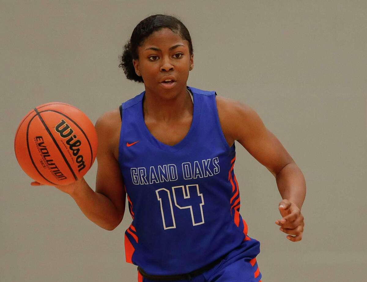 Grand Oaks shooting guard Madison McCollister is one of the top returning players for the Grizzlies.