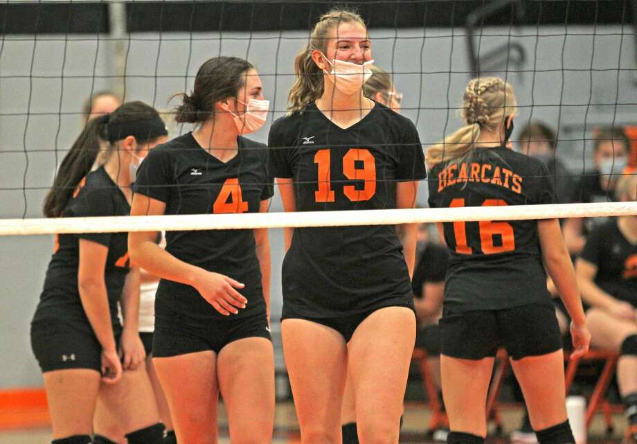 The Ubly varsity volleyball team swept Carsonville-Port Sanilac Monday night in straight sets, 25-12, 25-10, 25- 8. Photo: Mark Birdsall/Huron Daily Tribune