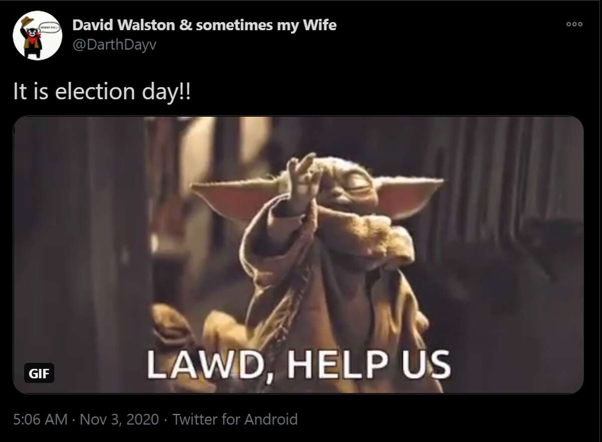 @DarthDayv tweeted a GIF of Yoda with a caption that reads,
