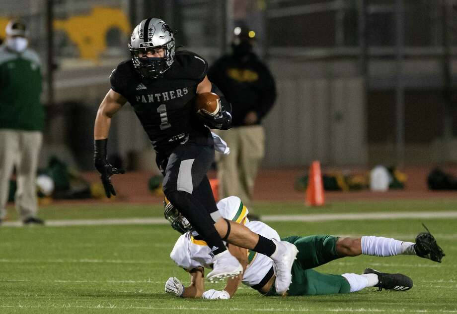 Javier Rodriguez leads United South with 79 receiving yards this season. Photo: Danny Zaragoza /Laredo Morning Times