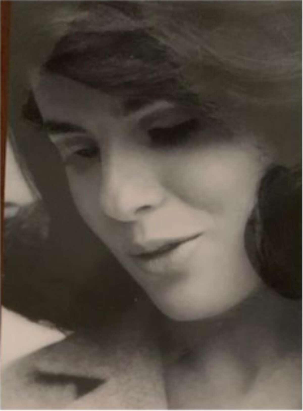 Sara Laura Longoria