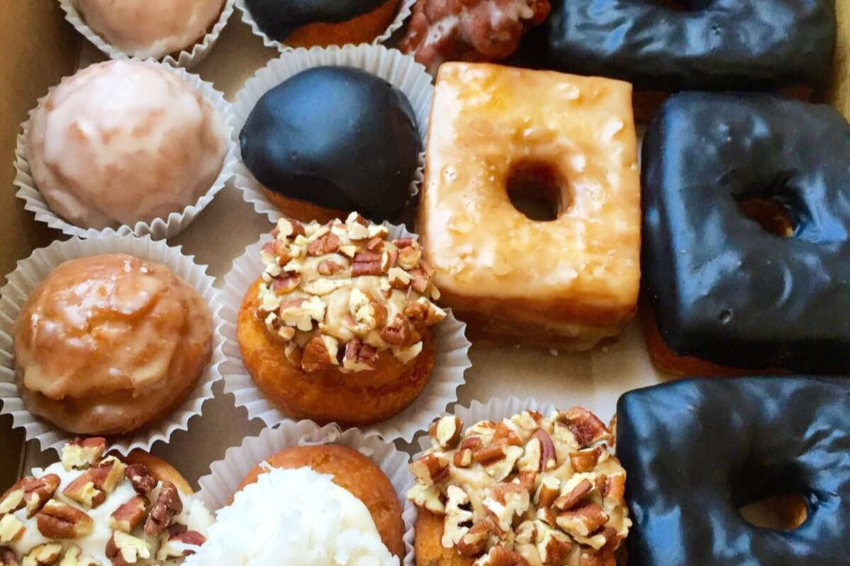 A year after closing, Donut Savant will return with a new location in Oakland at 3000 38th Ave.