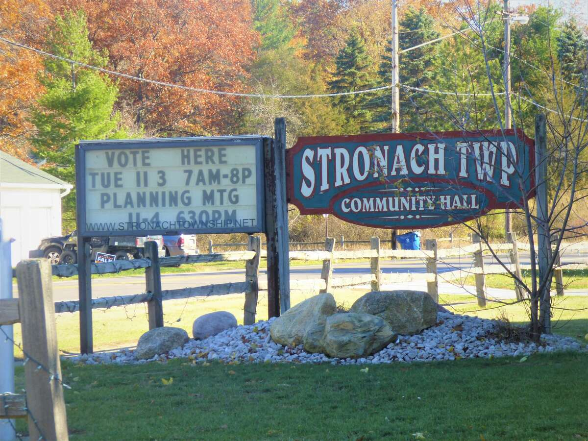 Voters elected mostly incumbent candidates to the boards of trustees in Filer, Onekama and Stronach townships.