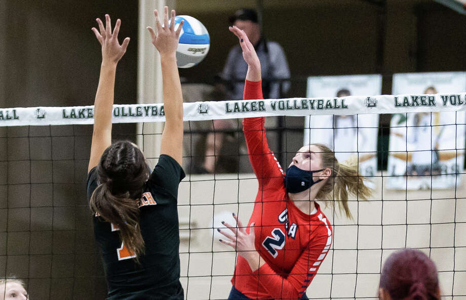 The USA varsity volleyball team swept Harbor Beach in their district semi-finals game at Laker High School on Wednesday night. The Patriots won, 23-25, 25-27, 15-25. / Kaitlin's Klicks