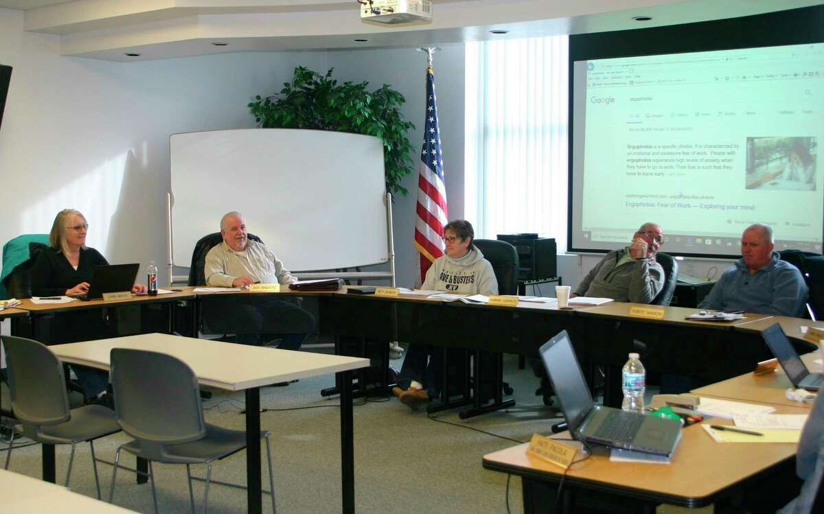 The Lake County board of commissioners continue to look at the county vehicle use policy and the ORV ordinance. (Star file photo)