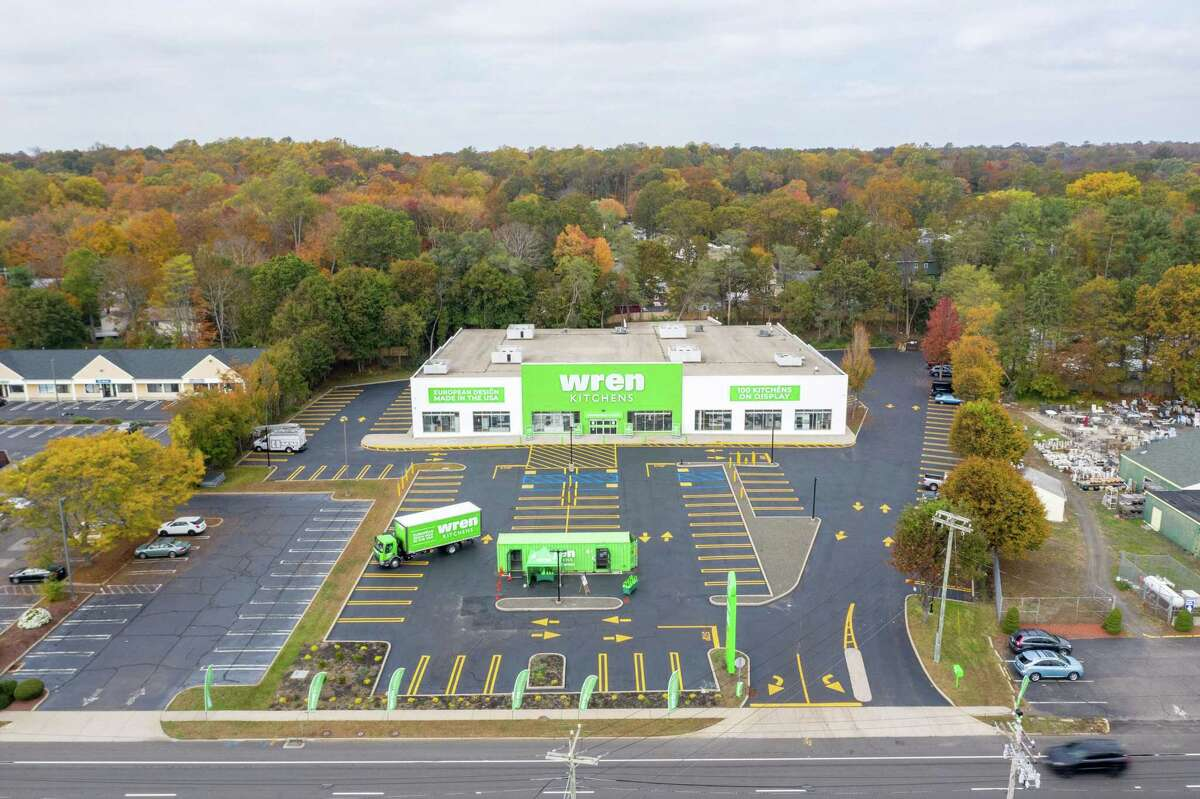 An aerial view of the new Wren Kitchens store at 1522-24 Boston Post Road in Milford, Conn., the United Kingdom-based retailer's first U.S. location opening in the fall of 2020. (Press photo courtesy Wren Kitchens)