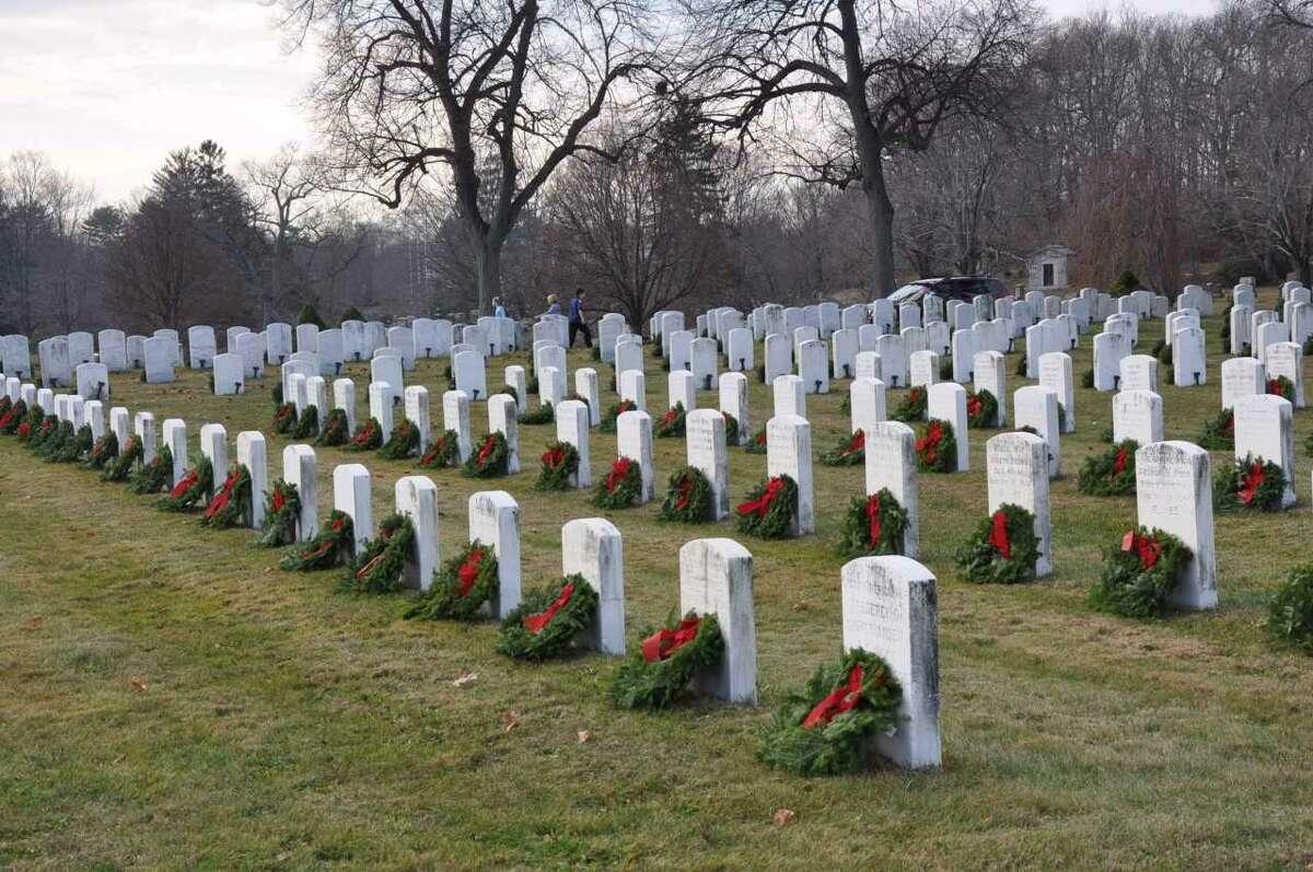Wreaths in Spring Grove Veterans' Cemetery in Darien, placed as part of Wreaths Across America