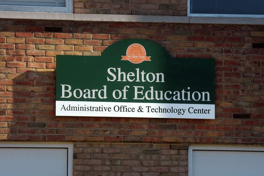 Shelton schools will begin full remote instruction Wednesday in response to the recent spike in positive COVID cases throughout the district. Photo: Ned Gerard / Hearst Connecticut Media / Connecticut Post