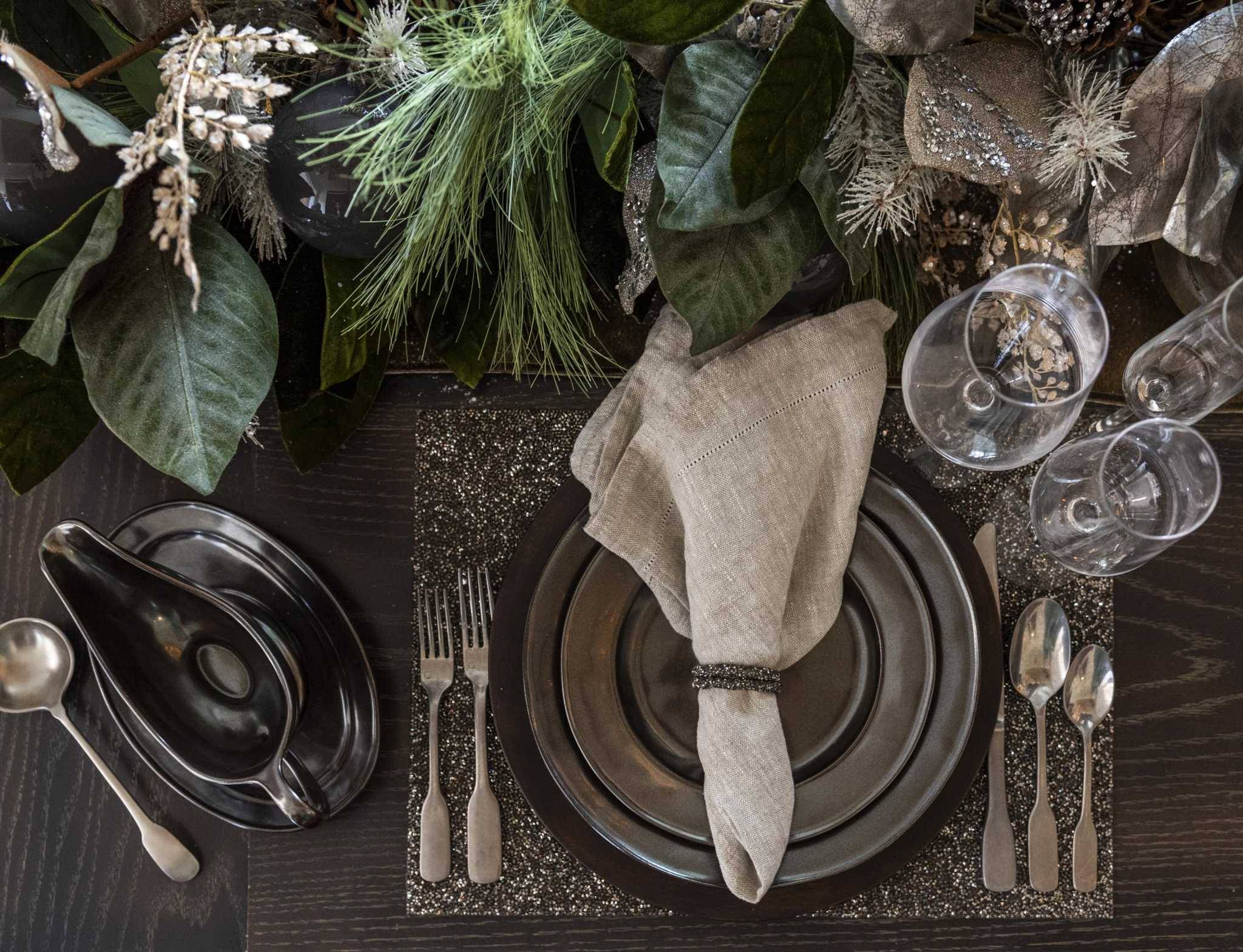 Adaptable Tabletop Decor Takes You From Thanksgiving To New Year S Houstonchronicle Com