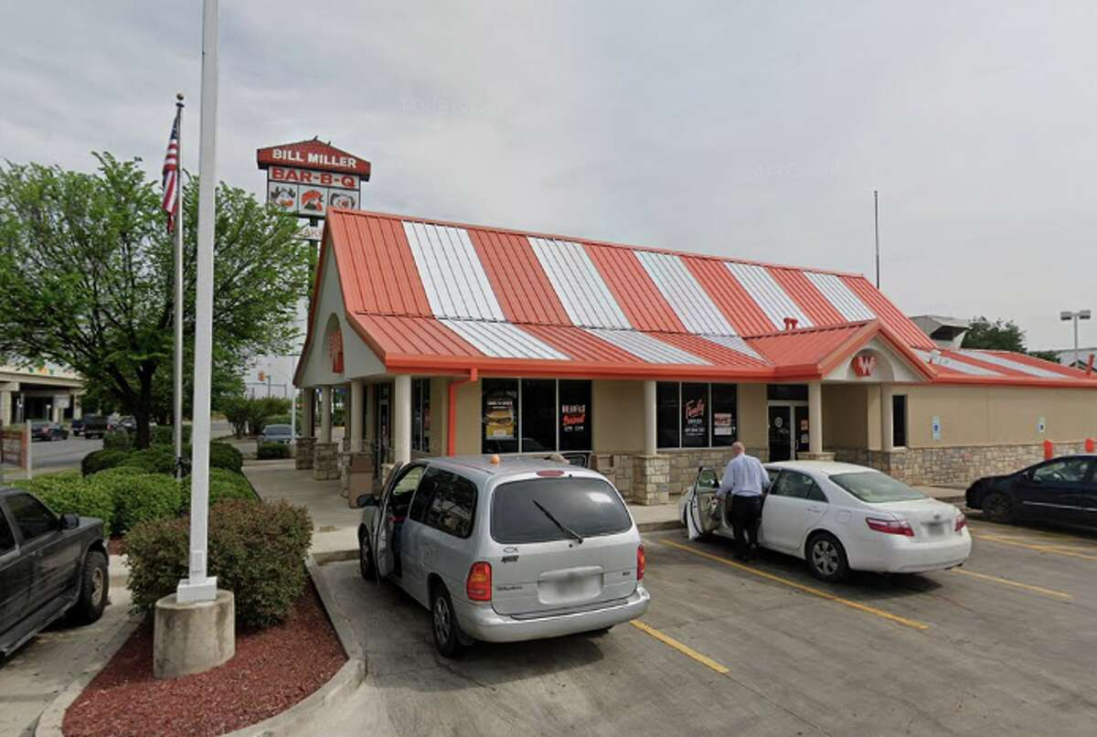 Whataburger (4720 Interstate 35 South, South Side) Total rating: 4 stars Review: