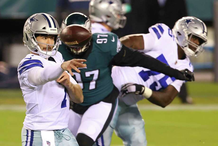 Dallas Cowboys' Ben DiNucci (7) throws a pass against the Philadelphia Eagles during an NFL football game, Sunday, Nov. 1, 2020, in Philadelphia. The Eagles defeated the Cowboys 23-9. (AP Photo/Rich Schultz) Photo: Rich Schultz, FRE / Associated Press / Copyright {2020} The Associated Press. All rights reserved.