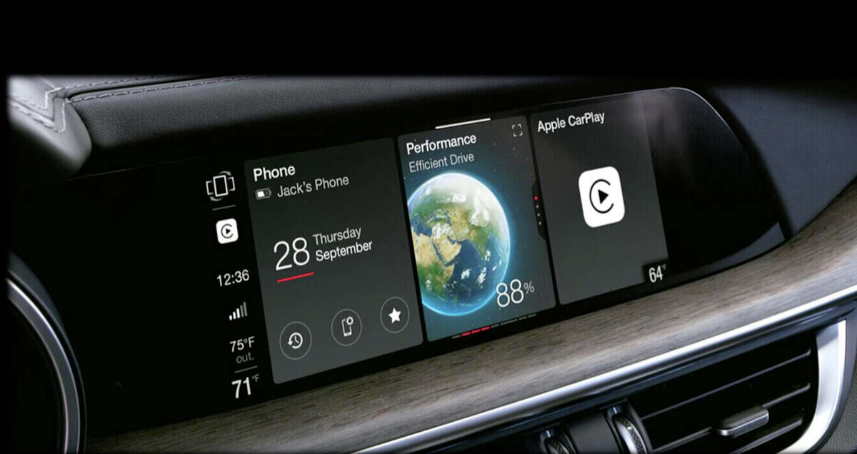 All 2020 Alfa Romeo Stelvios have a 8.8-inch infotainment touchscreen display.