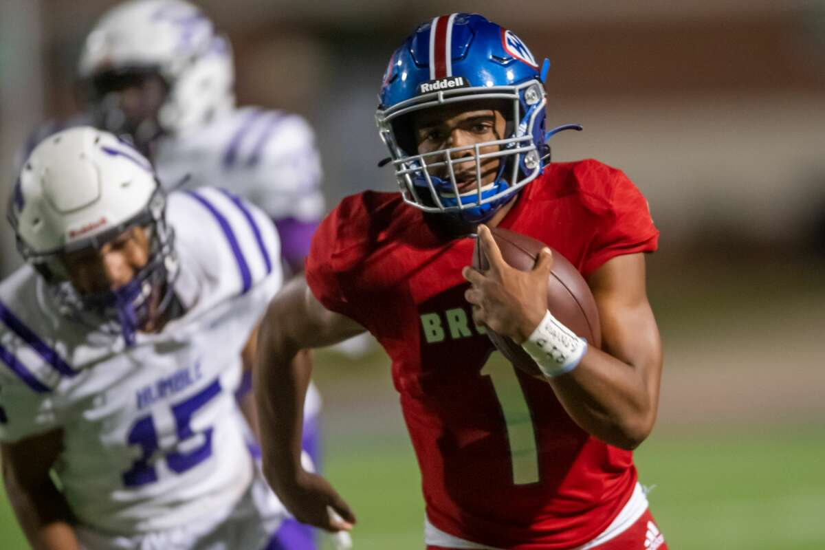 Bruins' quarterback Bryce Anderson (1) runs in a touchdown in the second quarter. The West Brook Bruins shut down the Humble Wildcats at BISD Memorial Stadium on Friday night. Photo made on November 6, 2020. Fran Ruchalski/The Enterprise