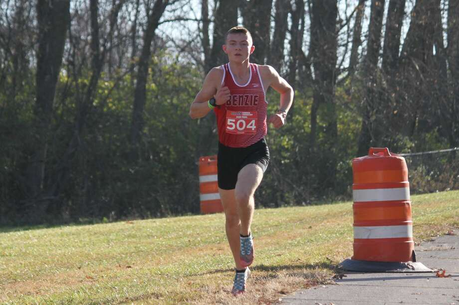 Hunter Jones races to his second straight state championship. Photo: Robert Myers