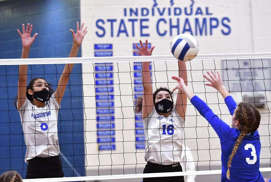 Aryana Ledet, Kelly Samano and the Lady Knights' season came to an end on Saturday. Photo: Cuate Santos /Laredo Morning Times / Laredo Morning Times