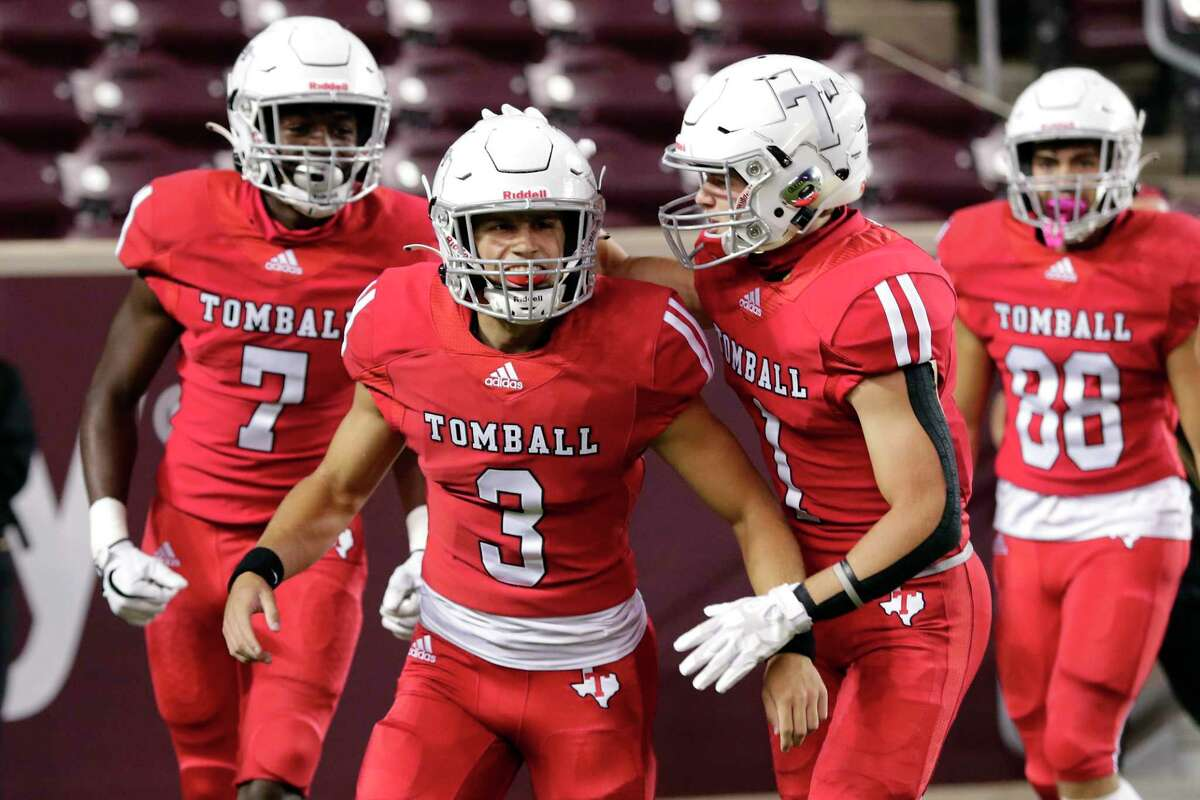 Cale Hellums threw for 153 yards and one touchdown and scored a go-ahead touchdown via the ground as Tomball edged Klein Oak 17-16 in District 15-6A after the Panthers missed the game-winning field goal, Nov. 5, at Tomball ISD Stadium.
